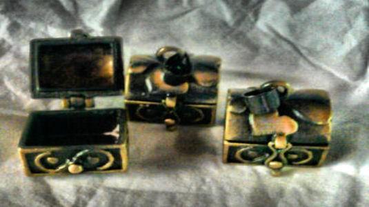 Baules amuleto especiales